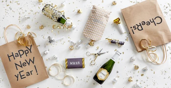 Happy-New-Year-Champagne-Glitter-Social-Lite-Communications.jpg